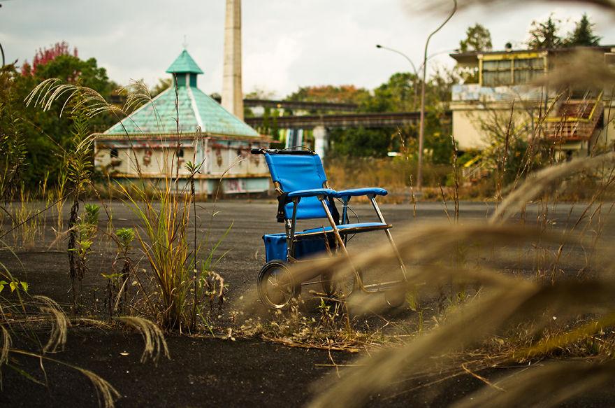 parco-giochi-abbandonato-giappone-nara-dreamland-2