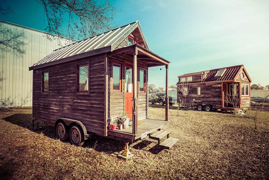 persone-che-vivono-in-mini-case-mobili-18