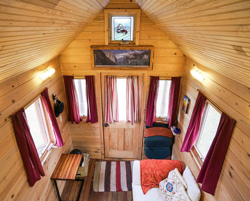 persone-che-vivono-in-mini-case-mobili-20