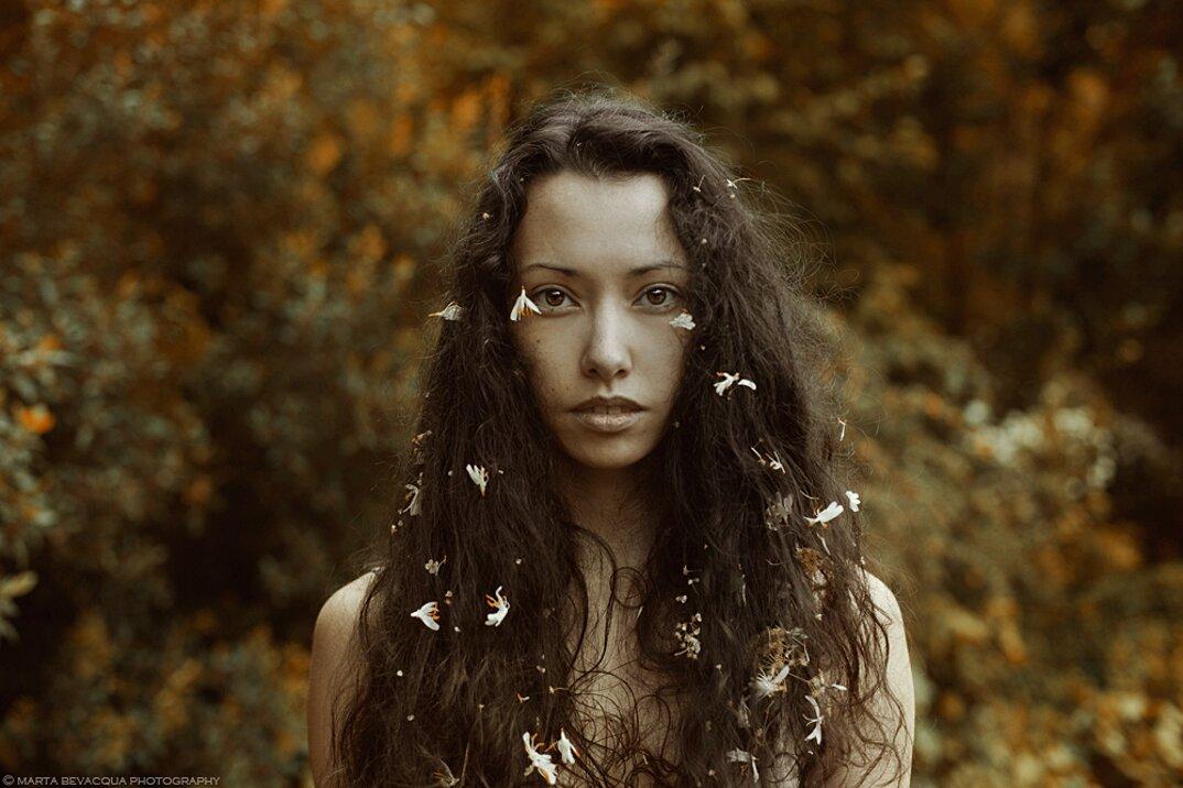 Volti espressivi di donne nei ritratti fotografici di for Trova il mio sosia
