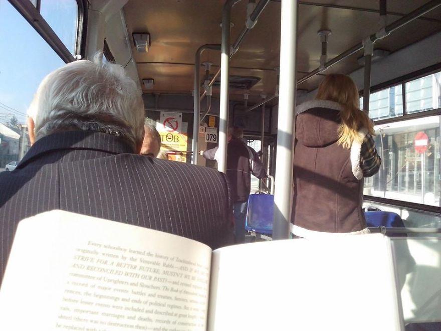 romania-corse-bus-gratis-lettori-libri-cluj-napoca-4