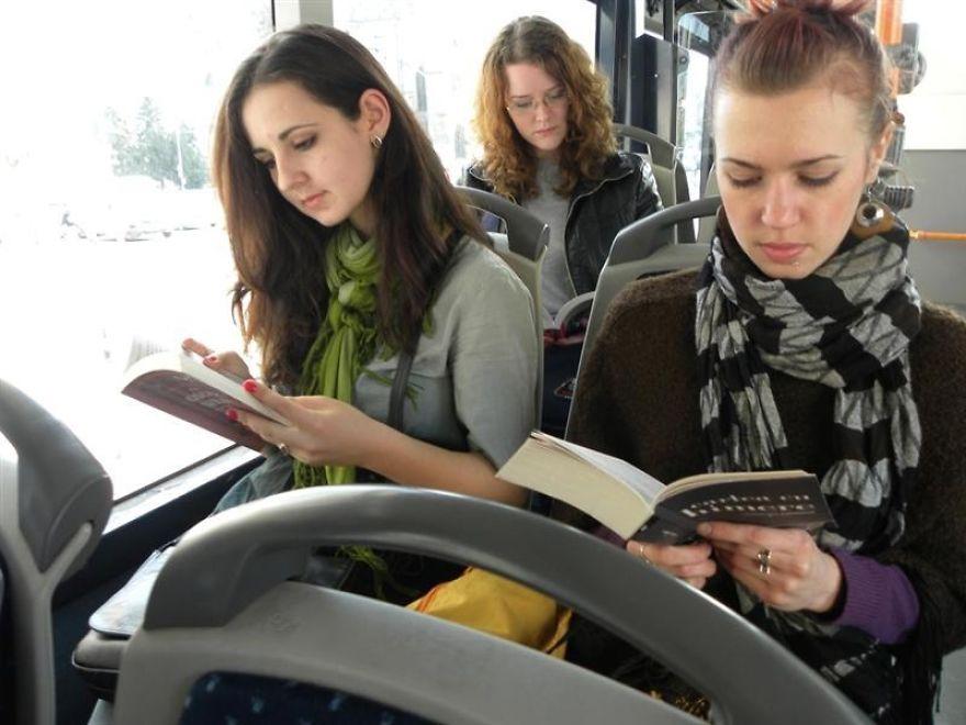 romania-corse-bus-gratis-lettori-libri-cluj-napoca-6