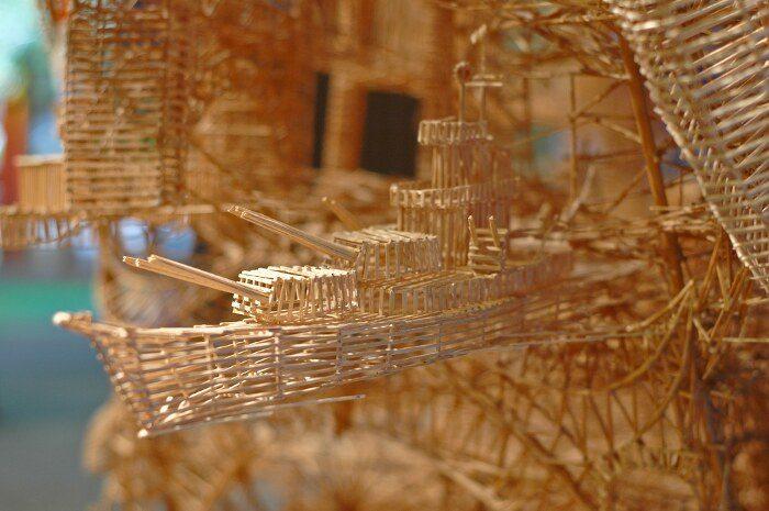 scultura-cinetica-di-stuzzicadenti-palline-pingpong-san-francisco-scott-weaver-4