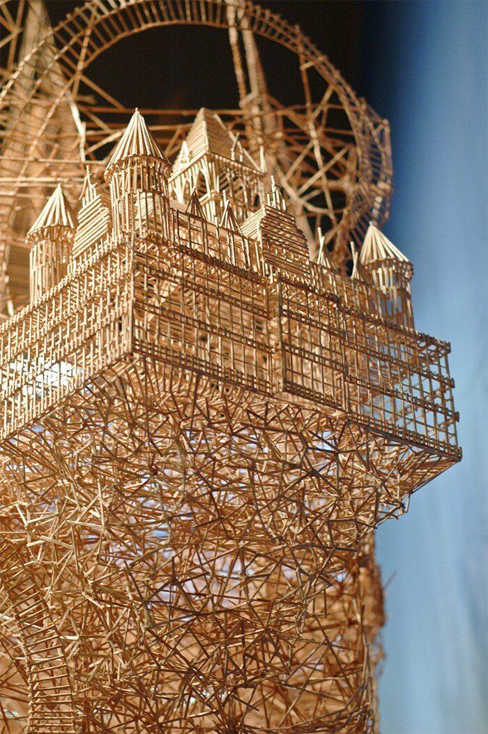 scultura-cinetica-di-stuzzicadenti-palline-pingpong-san-francisco-scott-weaver-7