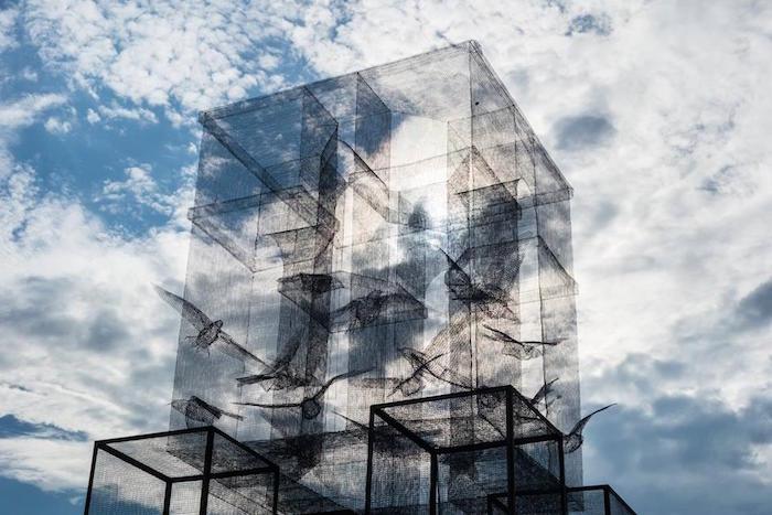 scultura-installazione-rete-filo-metallico-edoardo-tresoldi-marina-di-camerota-incipit-7