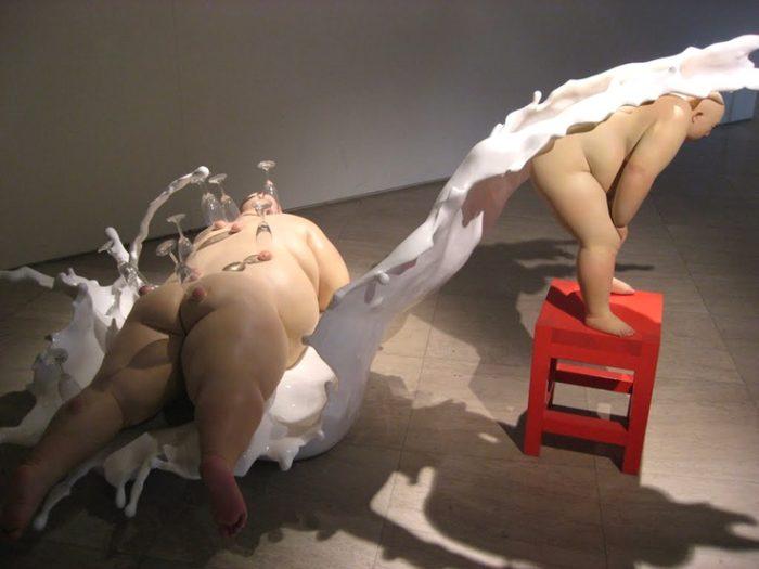 sculture-iperrealiste-uomo-obeso-mu-boyan-11