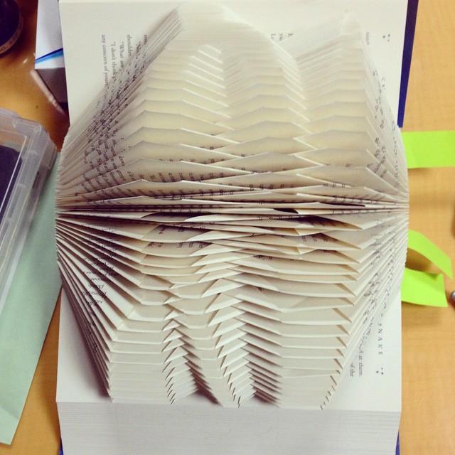sculture-libri-pagine-piegate-yuto-yamaguchi-04