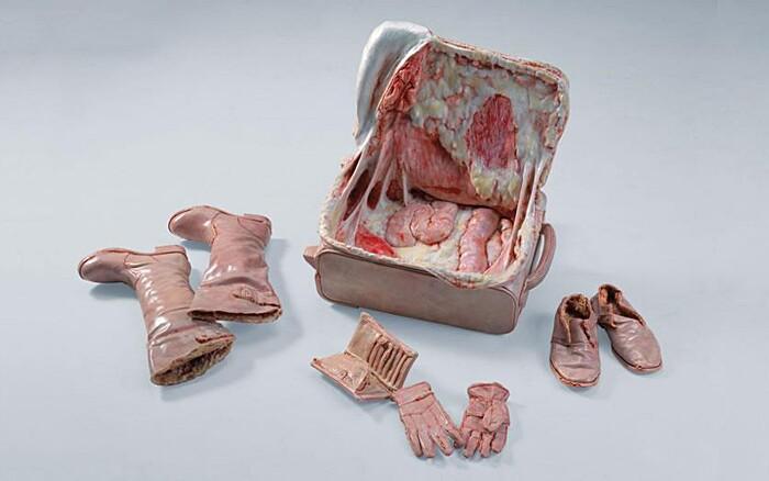sculture-oggetti-carne-ossa-organi-interni-grasso-cao-hui6