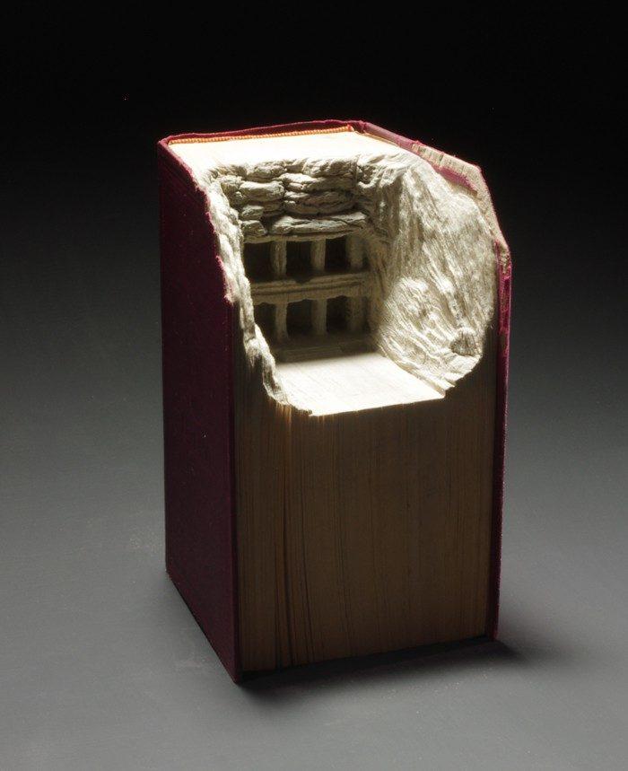 sculture-vecchi-libri-incisi-paesaggi-montagne-guy-laramee-15