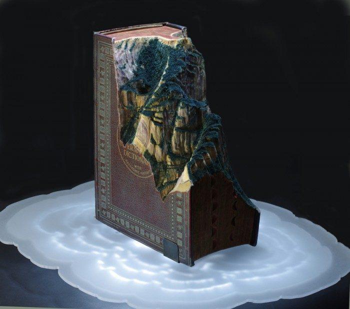sculture-vecchi-libri-incisi-paesaggi-montagne-guy-laramee-17