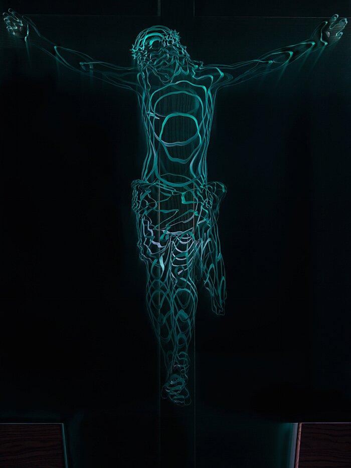 sculture-vetro-intagliato-rivelano-figure-umane-jed-malitz-14