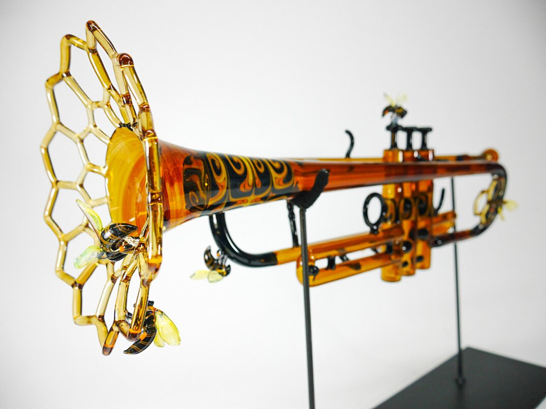 sculture-vetro-soffiato-trombe-natura-symphony-of-the-seasons-etai-rahmil-04