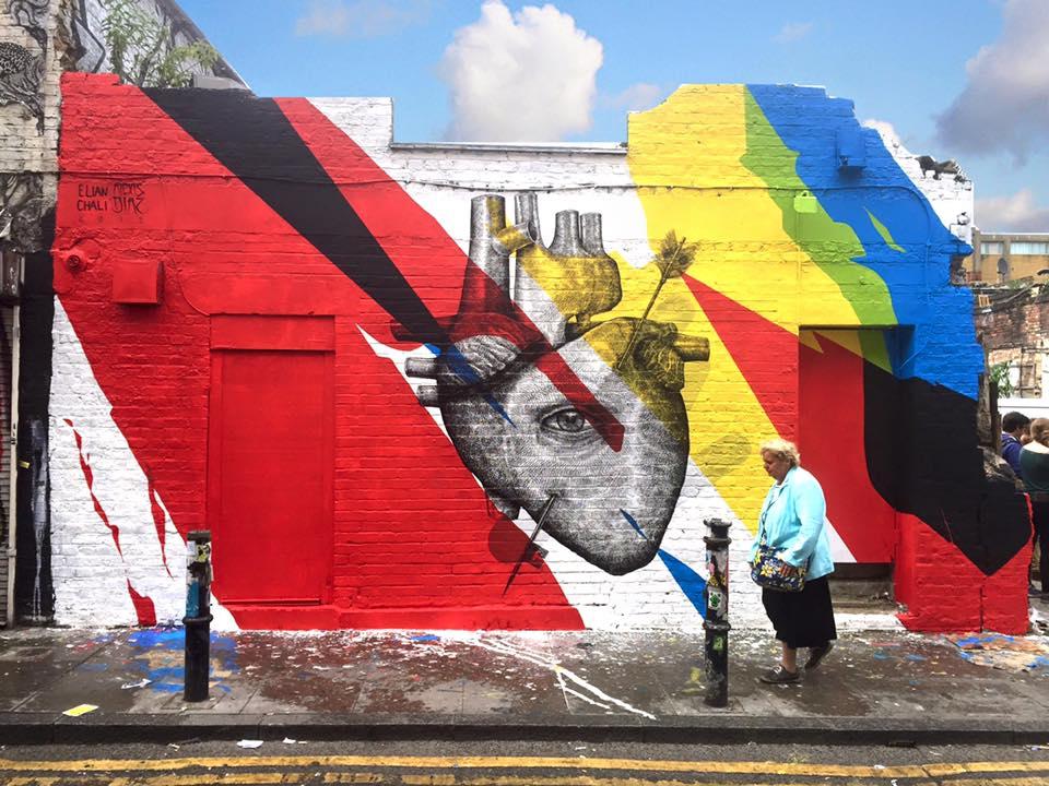 street-art-murali-dipinti-animali-ibridi-surreali-alexis-diax-2
