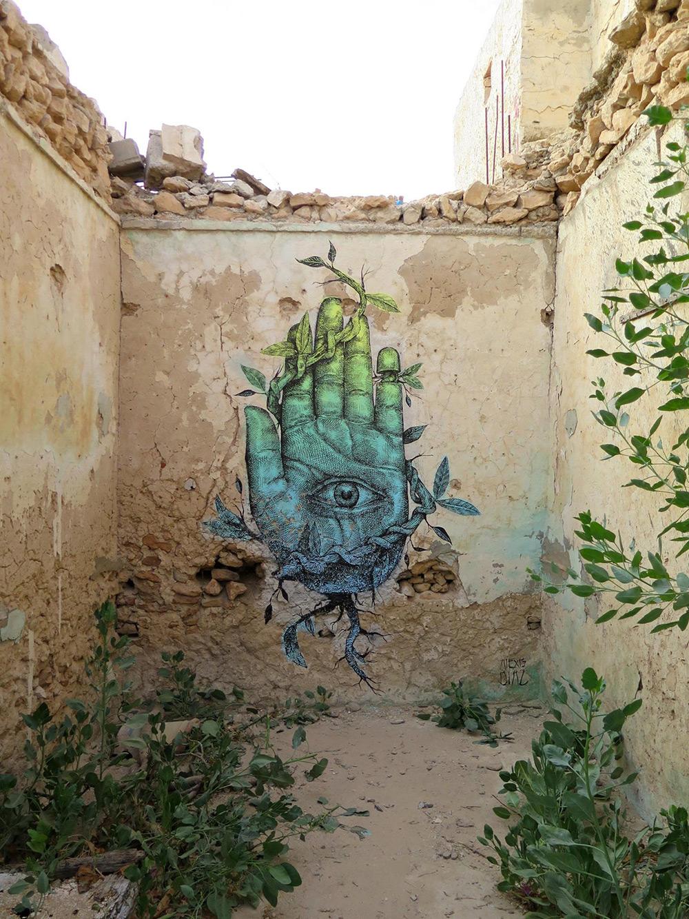 street-art-murali-dipinti-animali-ibridi-surreali-alexis-diax-3