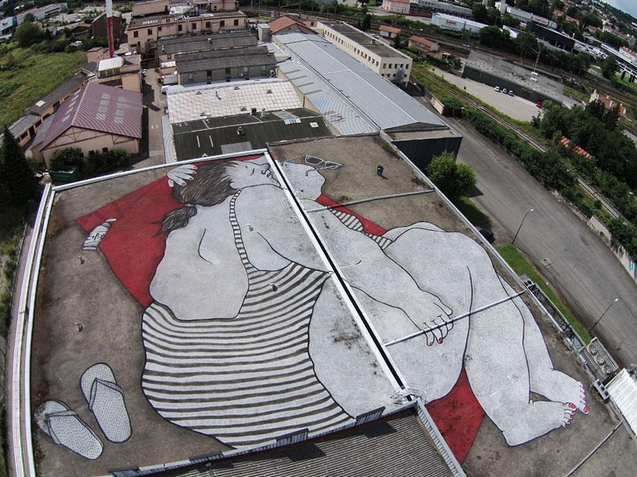 street-art-tetti-palazzi-murales-giganti-che-dormono-ella-e-pitr-14