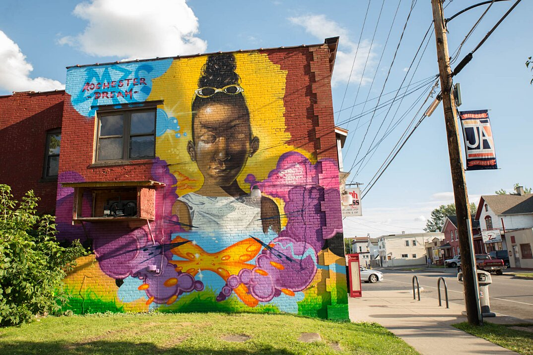 street-art-wall-therapy-rochester-murales-surreali-10