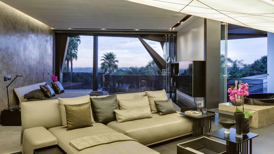 Ogni stanza di questa casa moderna si apre all 39 esterno for Design casa moderna interni