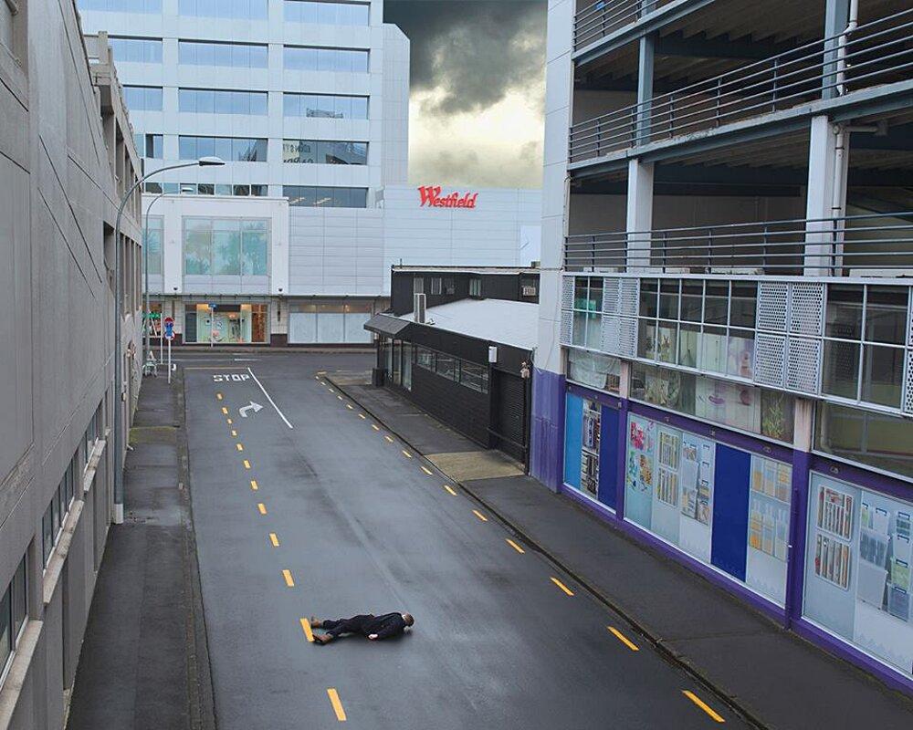 autoritratti-fotografia-surreale-isolamento-solitudine-ben-zank-13