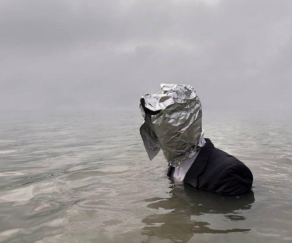 autoritratti-fotografia-surreale-isolamento-solitudine-ben-zank-15