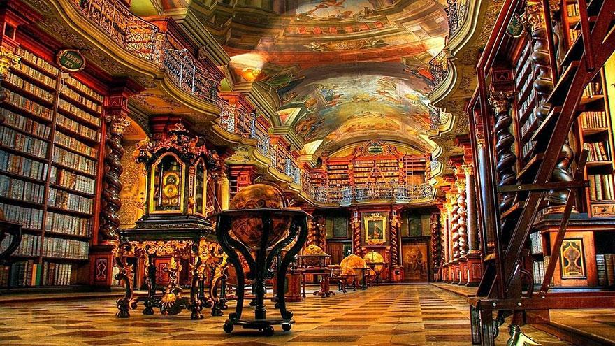 biblioteca-gesuita-barocca-praga-klementinum-6