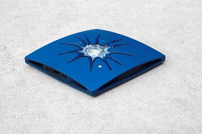 carica-batteria-cellulare-smartphone-torcia-elettrica-energia-solare-little-sun-charge-1