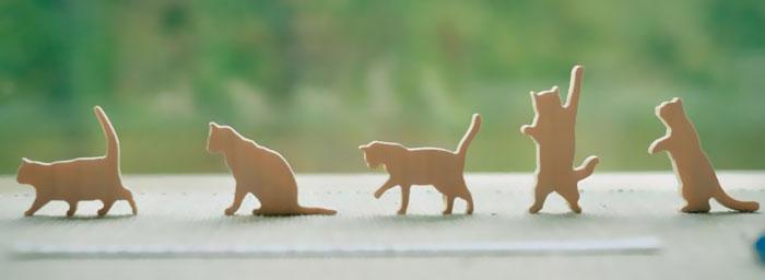 cat-jenga-gioco-pila-gatti-comma-3