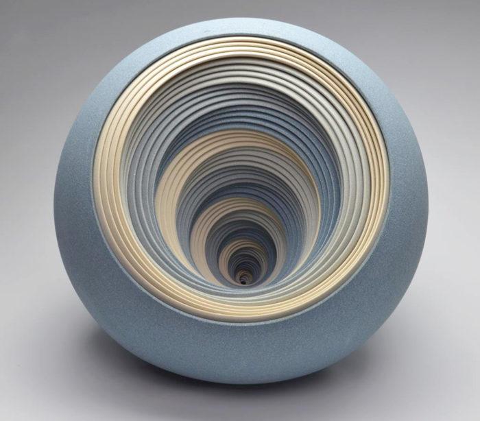 ceramiche-artistiche-concentriche-gres-matthew-chambers-10