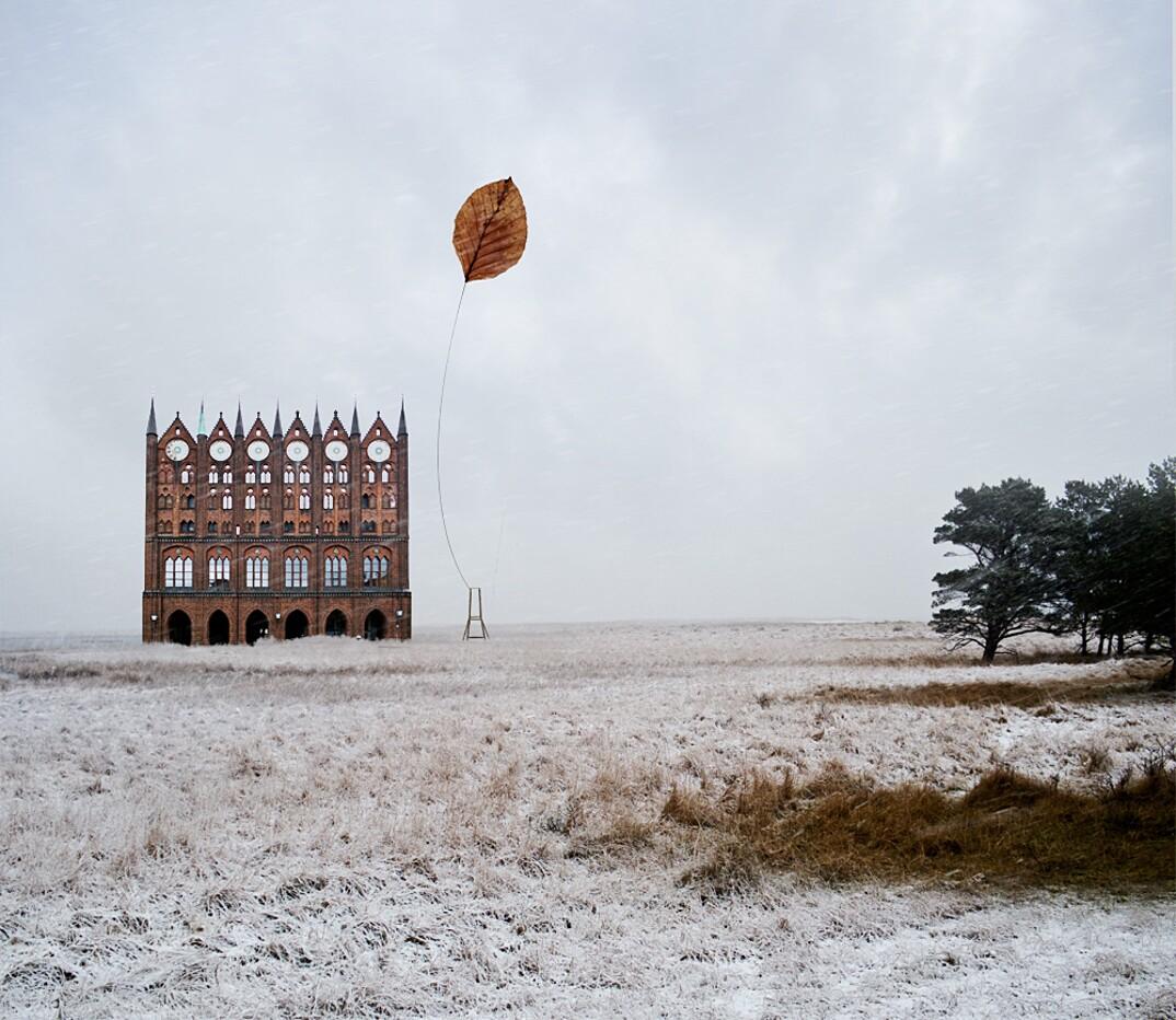 collage-montaggi-fotografia-architettura-surreale-matthias-jung-7-keblog