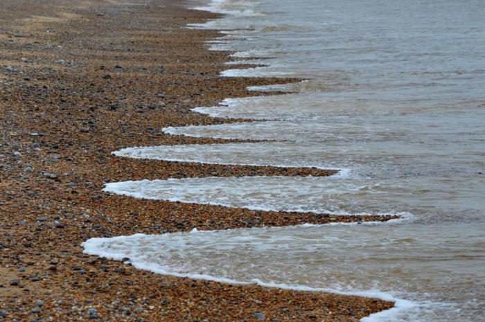 cuspidi-spiaggia-sabbia-disegni-onde-mare-3