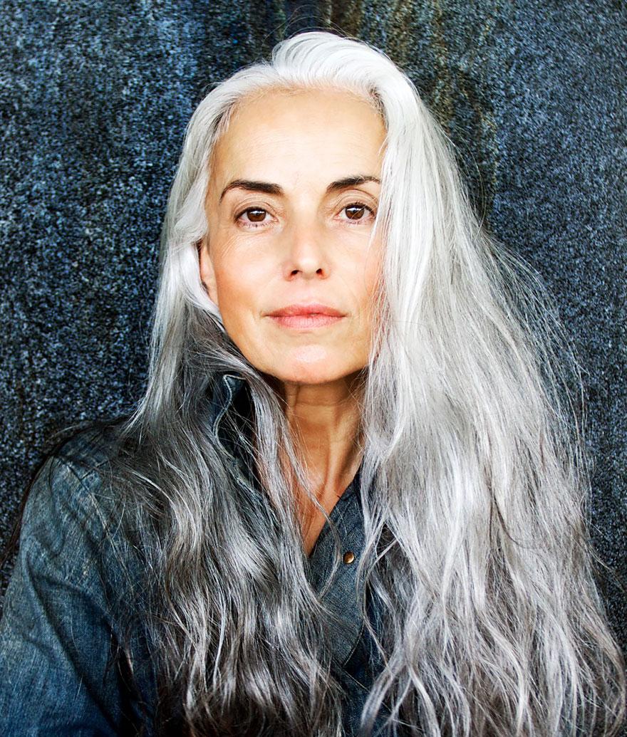 donna-59-anni-modella-yasmina-rossi-03