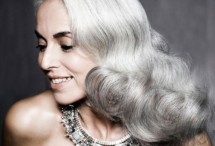 donna-59-anni-modella-yasmina-rossi-05
