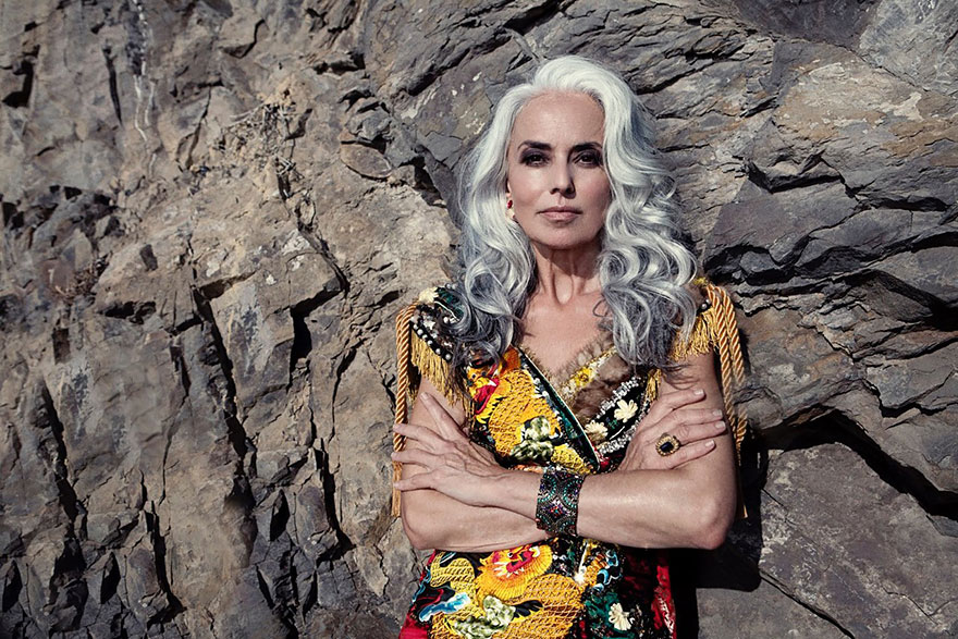 donna-59-anni-modella-yasmina-rossi-09