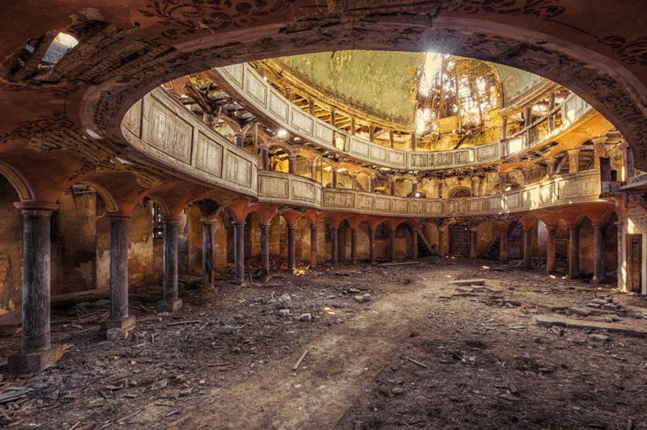 edifici-abbandonati-europa-fotografia-christian-richter-11