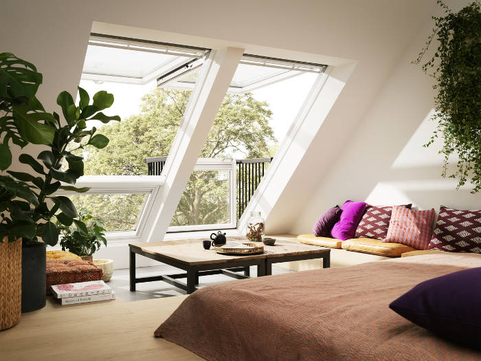 Una innovativa finestra lucernario che si trasforma for Lucernario mansarda