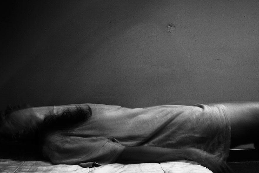 foto-autoritratti-dentro-ospedale-psichiatrico-laura-hospes-06