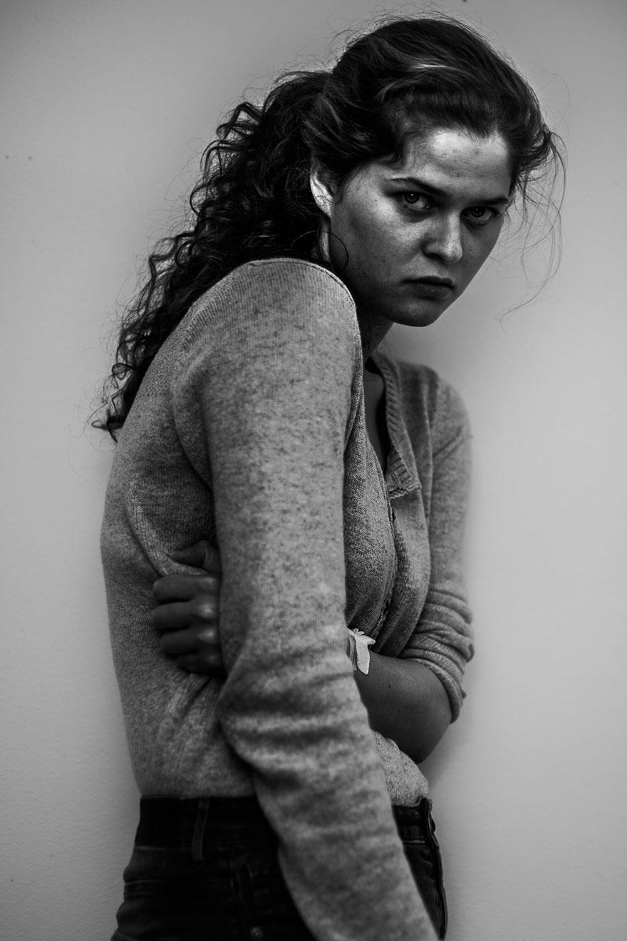 foto-autoritratti-dentro-ospedale-psichiatrico-laura-hospes-07