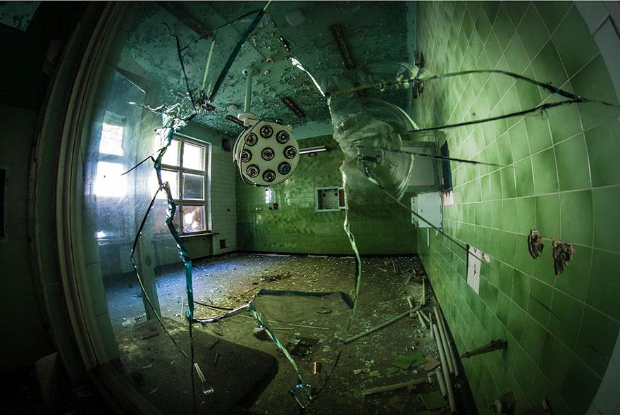 foto-luoghi-abbandonati-anna-mika-08