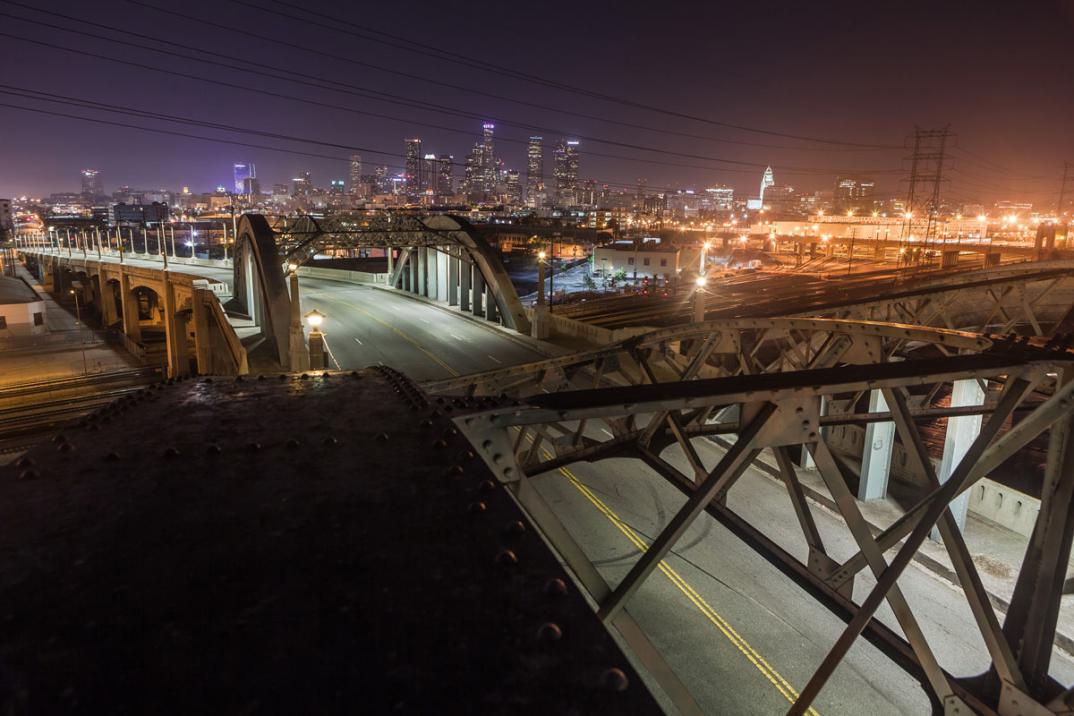 foto-notturne-freeway-strade-deserte-los-angeles-alex-scott-08