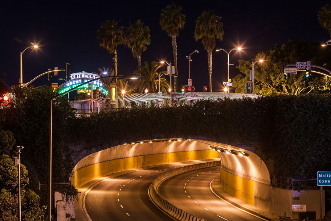 foto-notturne-freeway-strade-deserte-los-angeles-alex-scott-10
