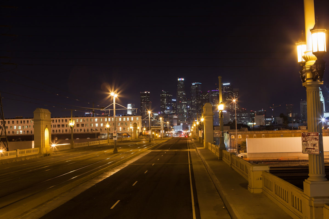 foto-notturne-freeway-strade-deserte-los-angeles-alex-scott-13