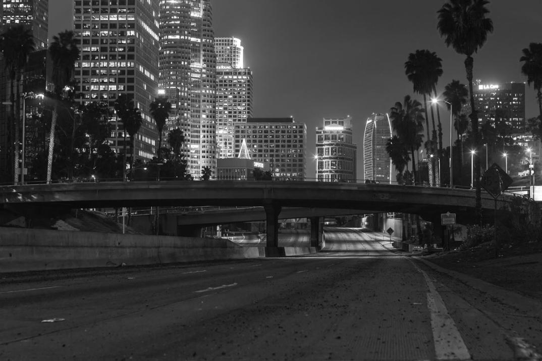 foto-notturne-freeway-strade-deserte-los-angeles-alex-scott-15