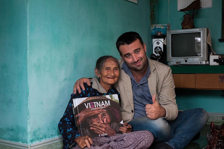 foto-ritratto-famoso-donna-vietnamita-anziana-rehahn-5
