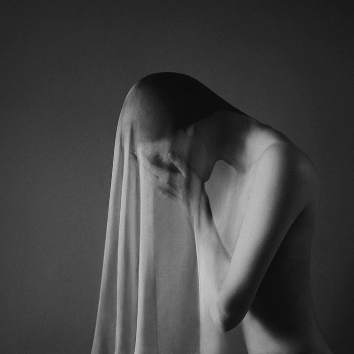 fotografia-bianco-e-nero-surreale-noell-oszvald-06
