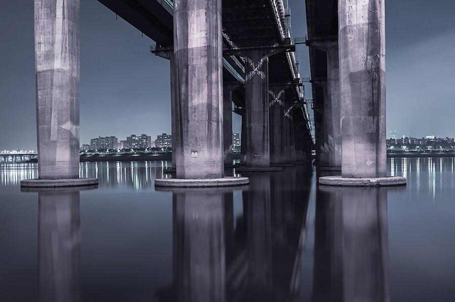 fotografia-notturna-sotto-ponti-seoul-andres-orozco-02