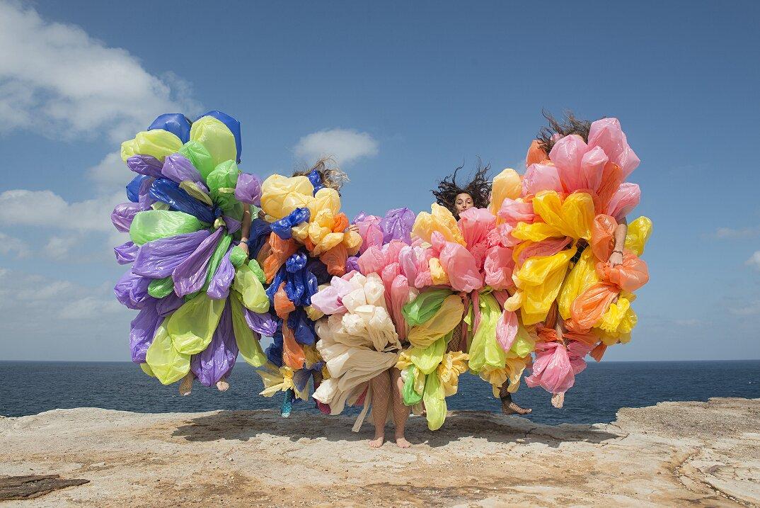 fotografia-surreale-femminile-donna-rosa-pink-prue-stent-01