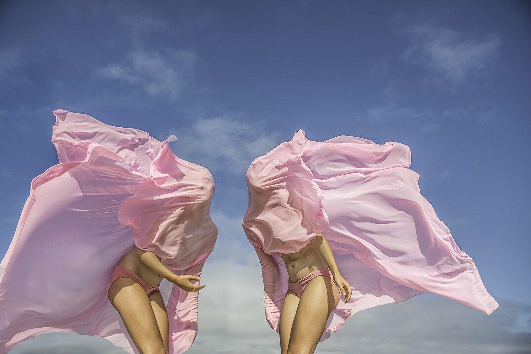fotografia-surreale-femminile-donna-rosa-pink-prue-stent-08