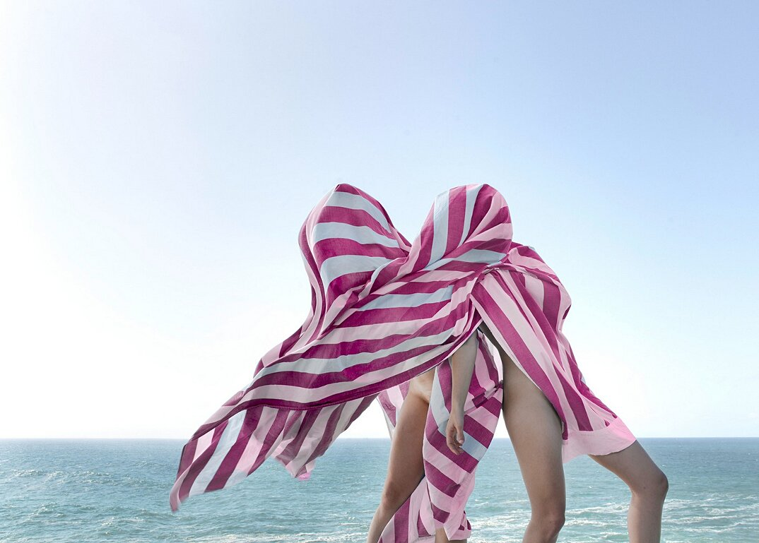 fotografia-surreale-femminile-donna-rosa-pink-prue-stent-16