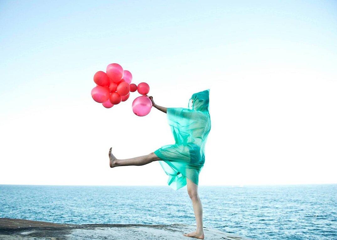 fotografia-surreale-femminile-donna-rosa-pink-prue-stent-18