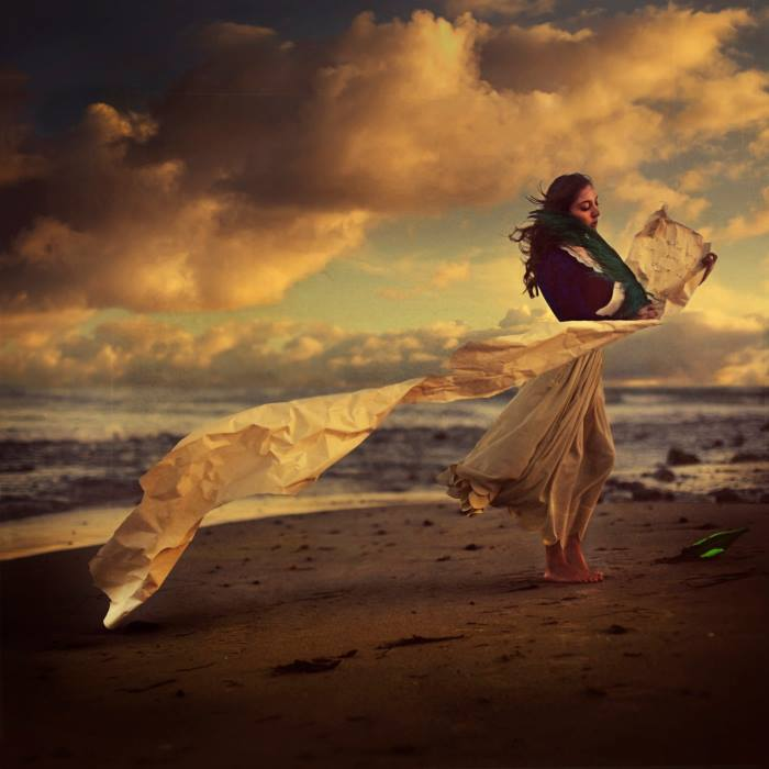 fotografie-surreali-cercano-bellezza-brooke-shaden-05