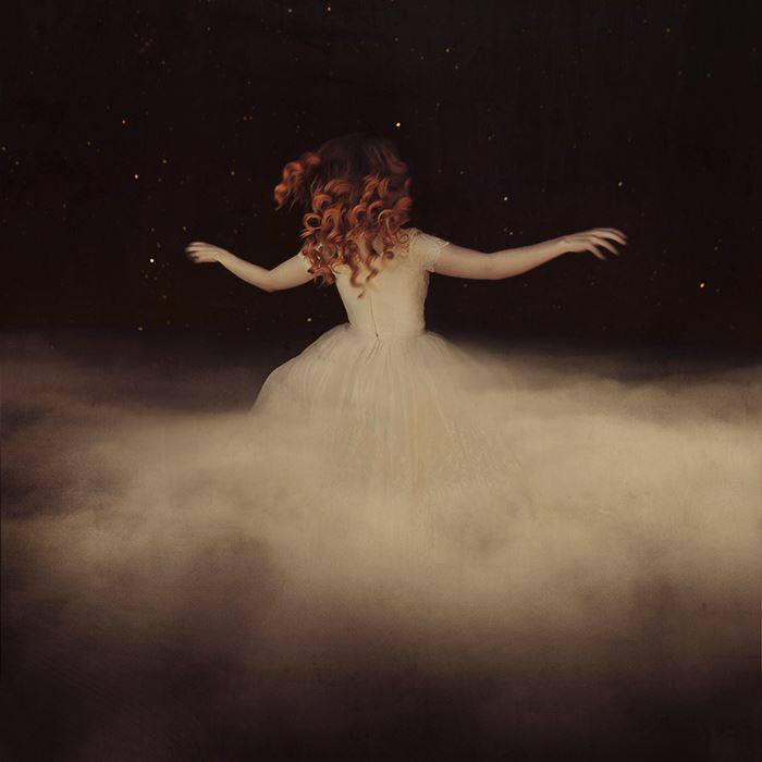 fotografie-surreali-cercano-bellezza-brooke-shaden-10